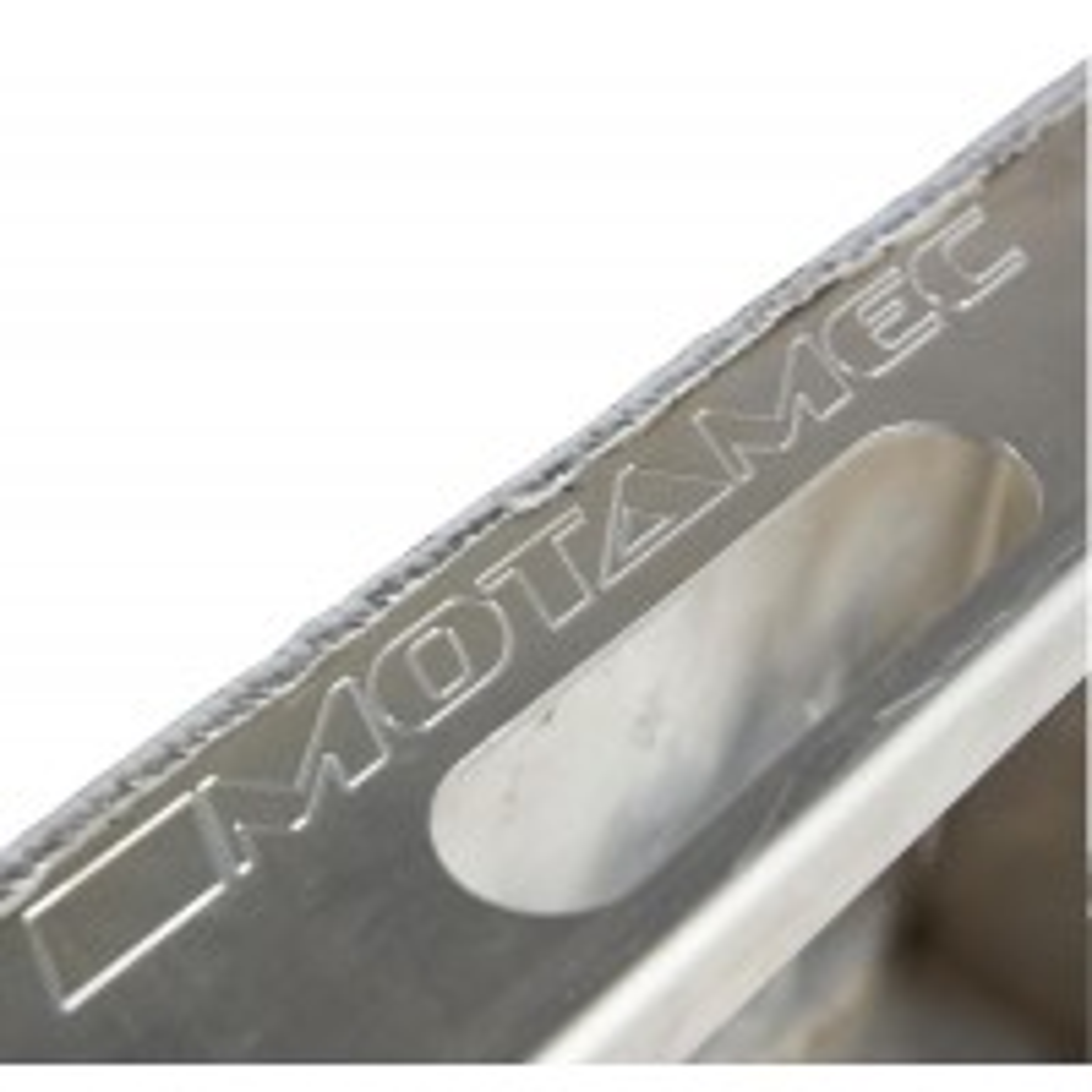 Motamec_Alloy_WRC_Drive_Over_Wheel_Ramps_%20Aluminium_Low_Entry_Ramp_%20Plain_03.jpg